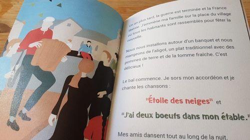 Création et vente de la collection de livres pour enfants De fil en mémoire